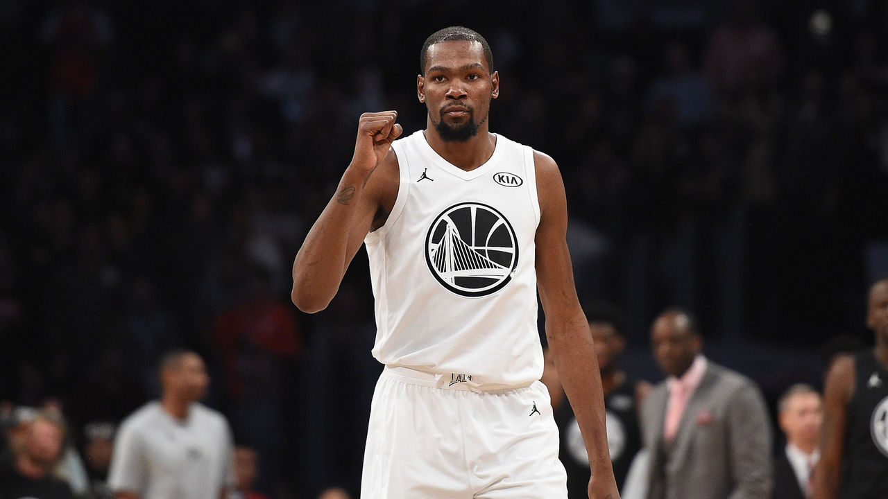 LOS ANGELES, CA - FEBRUARY 18: Kevin Durant #35 of Team LeBron James celebrates during the NBA All-Star Game 2018 at Staples Center on February 18, 2018 in Los Angeles, California.