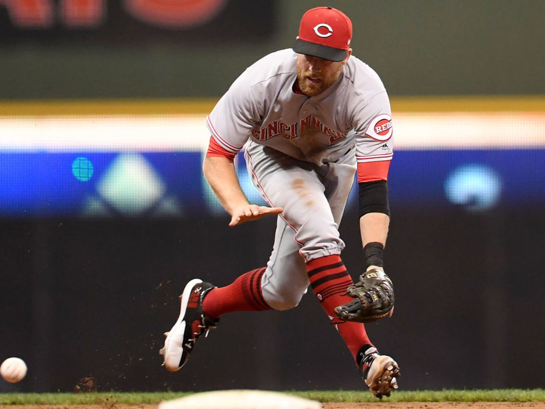 Cozart's brutally honest wife helped convince him to play 3B for Angels
