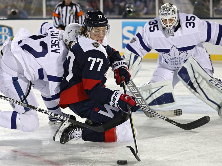 NHL hopes to hold more outdoor games at service academies  f8b06cfeda60
