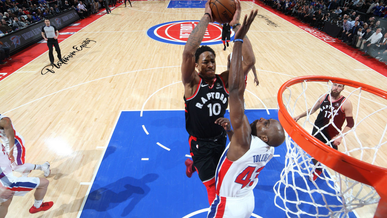 AUBURN HILLS, MI - MARCH 7: DeMar DeRozan #10 of the Toronto Raptors drives to the basket against the Detroit Pistons on March 7, 2018 at The Palace of Auburn Hills in Auburn Hills, Michigan. NOTE TO USER: User expressly acknowledges and agrees that, by downloading and/or using this photograph, User is consenting to the terms and conditions of the Getty Images License Agreement. Mandatory Copyright Notice: Copyright 2018 NBAE