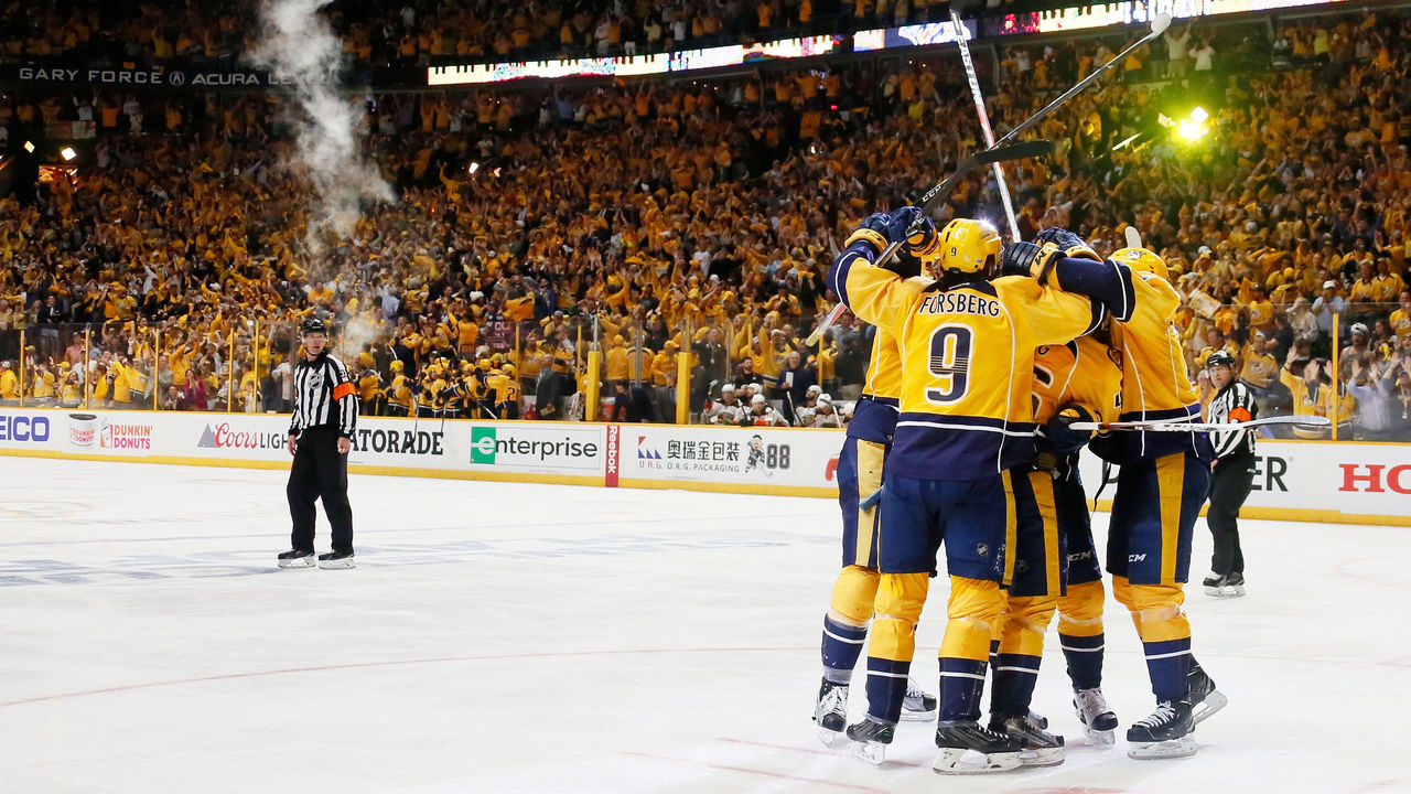 NASHVILLE, TN - MAY 22: Colton Sissons #10 of the Nashville Predators celebrates with teammates after scoring during the third period against the Anaheim Ducks in Game Six of the Western Conference Final during the 2017 Stanley Cup Playoffs at Bridgestone Arena on May 22, 2017 in Nashville, Tennessee.