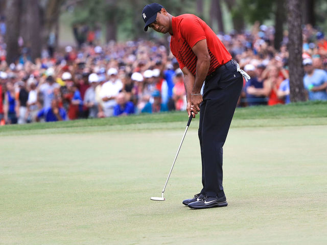 PALM HARBOR, FL - MARCH 11: Tiger Woods putts on the 18th green during the final round of the Valspar Championship at Innisbrook Resort Copperhead Course on March 11, 2018 in Palm Harbor, Florida.