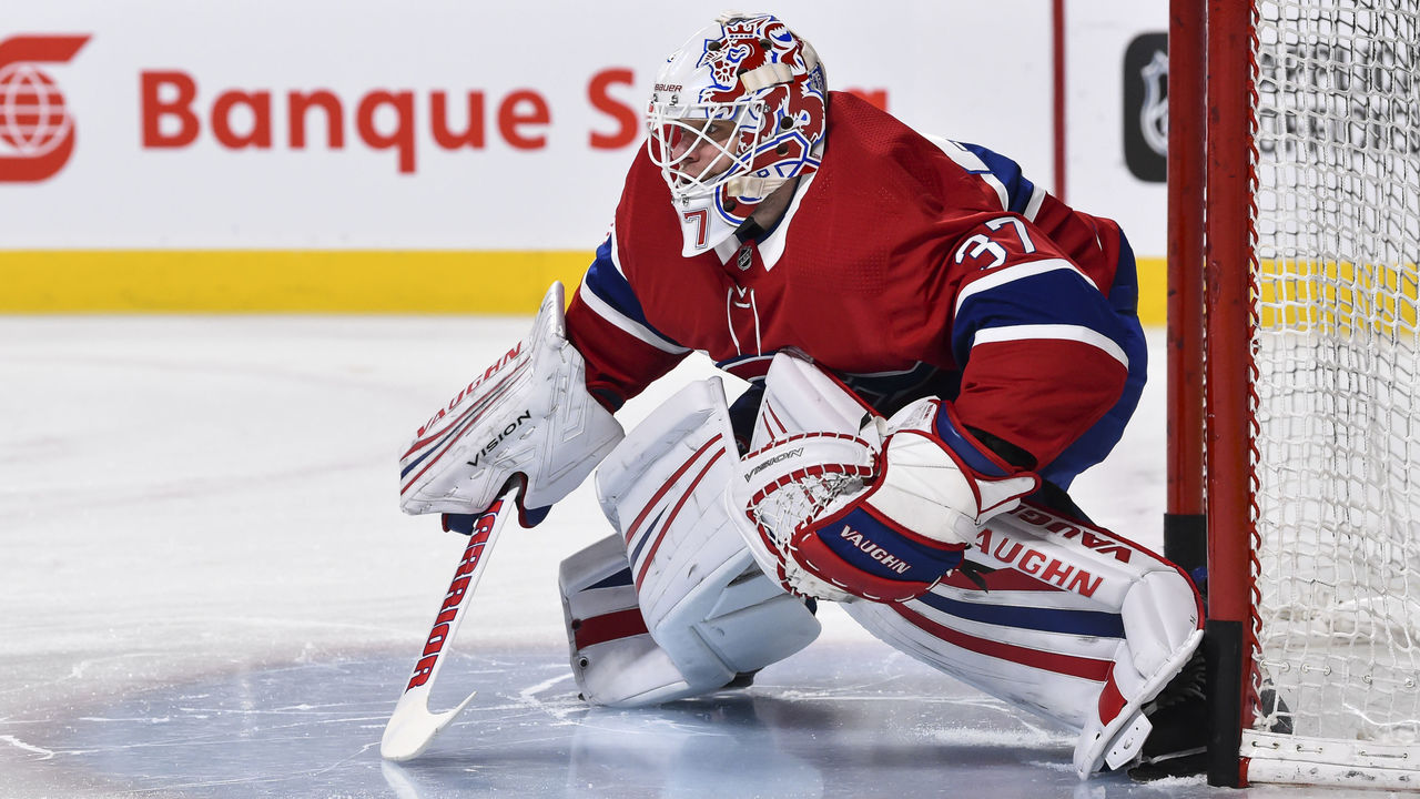 MONTREAL, QC - FEBRUARY 22: Goaltender Antti Niemi #37 of the Montreal Canadiens protects his net during the warm-up against the New York Rangers prior to the NHL game at the Bell Centre on February 22, 2018 in Montreal, Quebec, Canada. The Montreal Canadiens defeated the New York Rangers 3-1.