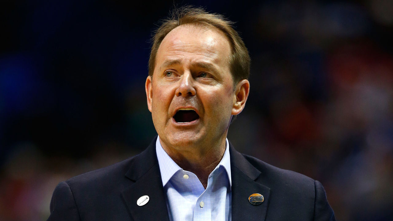 ST LOUIS, MO - MARCH 18: Head coach Kermit Davis of the Middle Tennessee Blue Raiders looks on in the first half against the Michigan State Spartans during the first round of the 2016 NCAA Men's Basketball Tournament at Scottrade Center on March 18, 2016 in St Louis, Missouri.