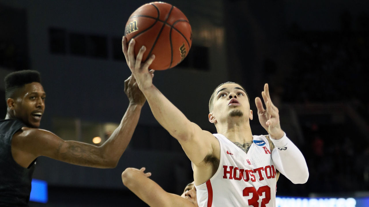 WICHITA, KS - MARCH 15: Rob Gray #32 of the Houston Cougars scores the game-winning basket with 1 second left in the game against the San Diego State Aztecs during the second half of the first round of the 2018 NCAA Men's Basketball Tournament at INTRUST Arena on March 15, 2018 in Wichita, Kansas. The Houston Cougars defeated the San Diego State Aztecs 67-65.