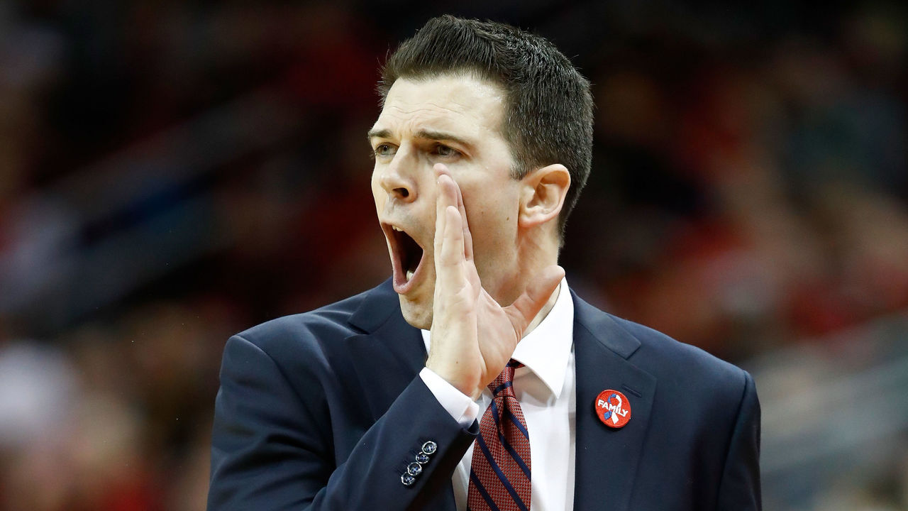 LOUISVILLE, KY - FEBRUARY 08: David Padgett the interim head coach of the Louisville Cardinals gives instructions to his team against the Georgia Tech Yellow Jackets during the game at KFC YUM! Center on February 8, 2018 in Louisville, Kentucky.