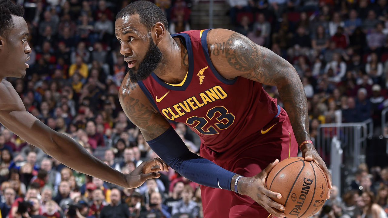CLEVELAND, OH - MARCH 21: LeBron James #23 of the Cleveland Cavaliers handles the ball against the Toronto Raptors on March 21, 2018 at Quicken Loans Arena in Cleveland, Ohio. NOTE TO USER: User expressly acknowledges and agrees that, by downloading and/or using this Photograph, user is consenting to the terms and conditions of the Getty Images License Agreement. Mandatory Copyright Notice: Copyright 2018 NBAE