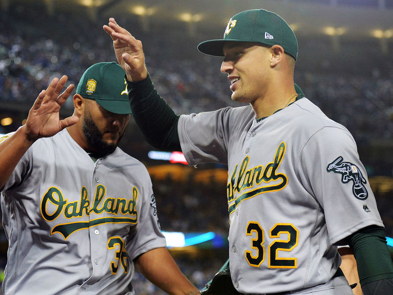 W768xh576_2018-04-12t050003z_1033813495_nocid_rtrmadp_3_mlb-oakland-athletics-at-los-angeles-dodgers