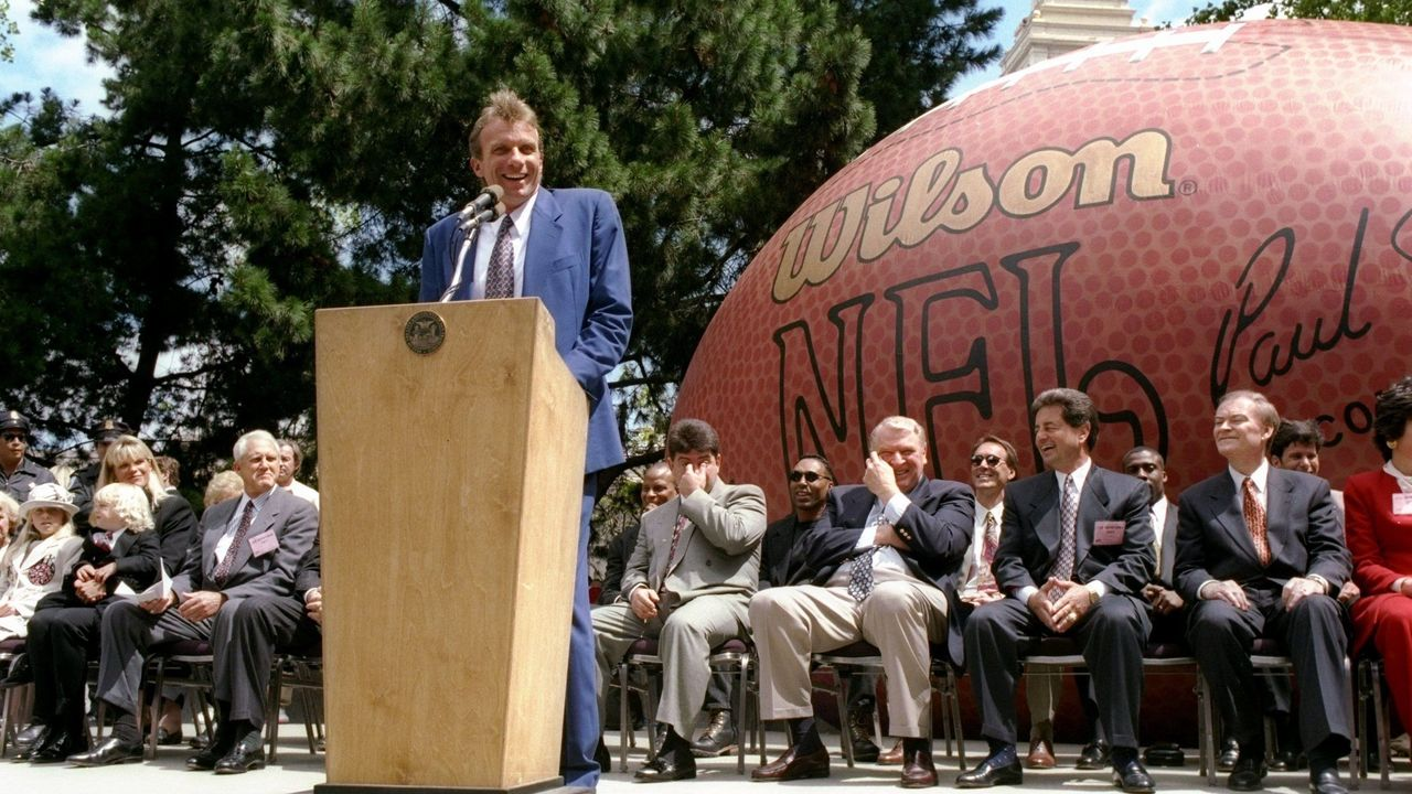 18 Apr 1995: General view of San Francisco 49ers quarterback Joe Montana''s retirement ceremony. Mandatory Credit: Otto Greule /Allsport