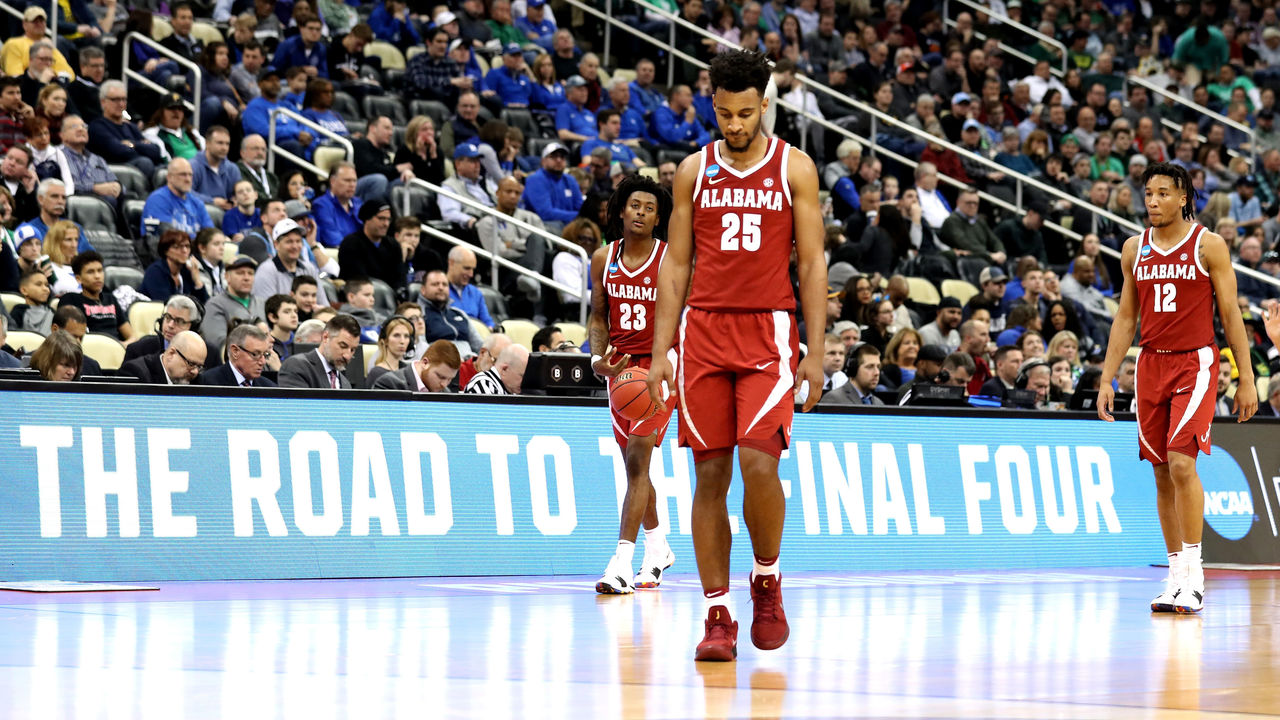 PITTSBURGH, PA - MARCH 17: Braxton Key #25 of the Alabama Crimson Tide reacts against the Villanova Wildcats during the second half in the second round of the 2018 NCAA Men's Basketball Tournament at PPG PAINTS Arena on March 17, 2018 in Pittsburgh, Pennsylvania.