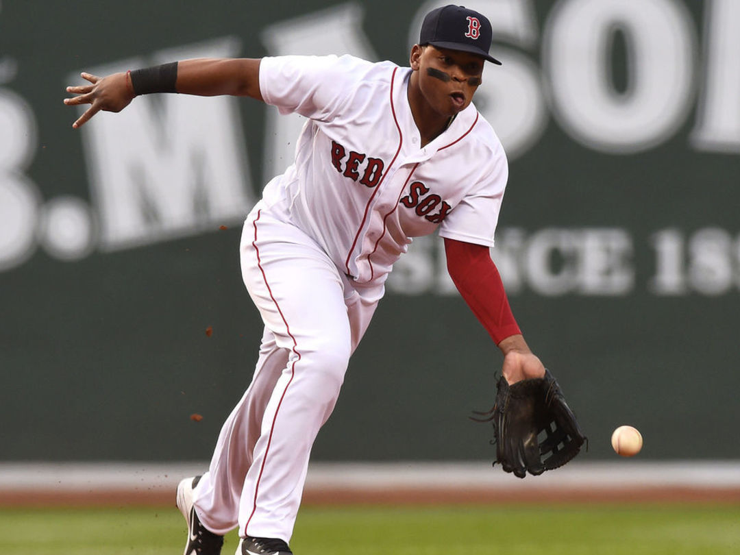 Cora rips Red Sox for 'awful' defense after 4-error night
