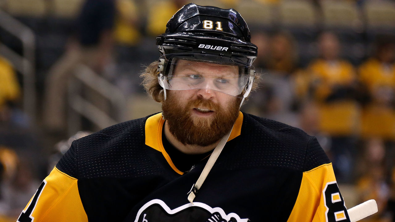 Report: Kessel Was Furious He Didn't Play Regularly With Malkin In Playoffs