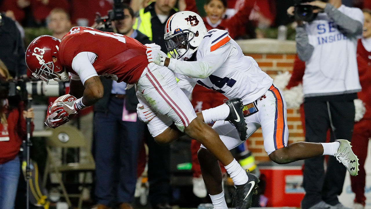 Love to Hate: Looking at the 5 fiercest rivalries in college football