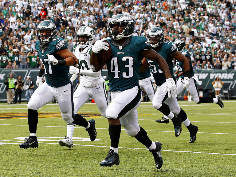 Eagles' Sproles out for season with torn hip flexor muscle