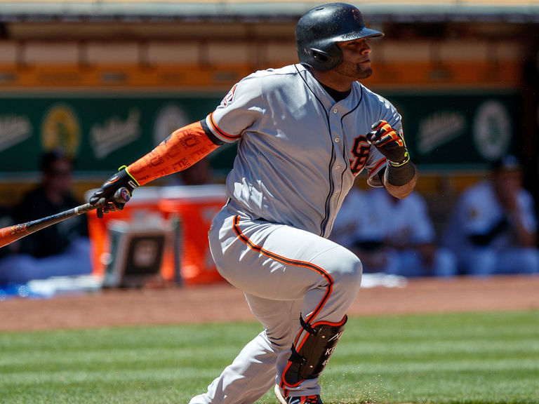 Giants' Sandoval to undergo season-ending surgery on hamstring