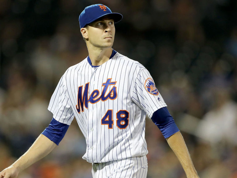 DeGrom's single 1st-place vote spoils Yelich's MVP sweep