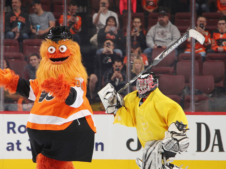 Look: Gritty gets an Upper Deck rookie card