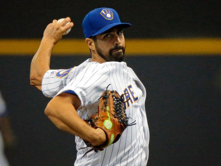 Report: Yankees maintaining interest in Gio Gonzalez