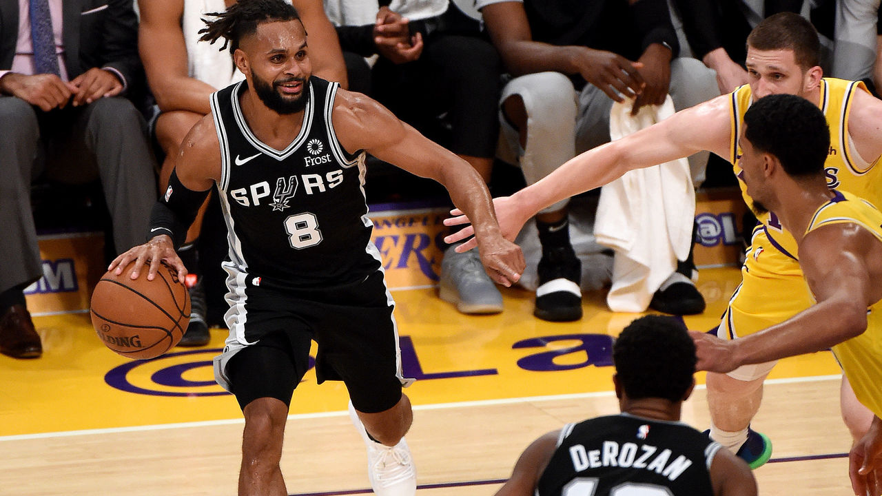 9a1022fa9 Spurs rally in OT to keep Lakers winless with LeBron