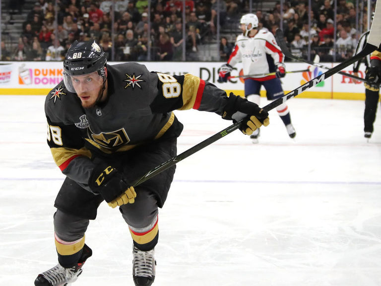 Golden Knights sign Schmidt to 6-year extension