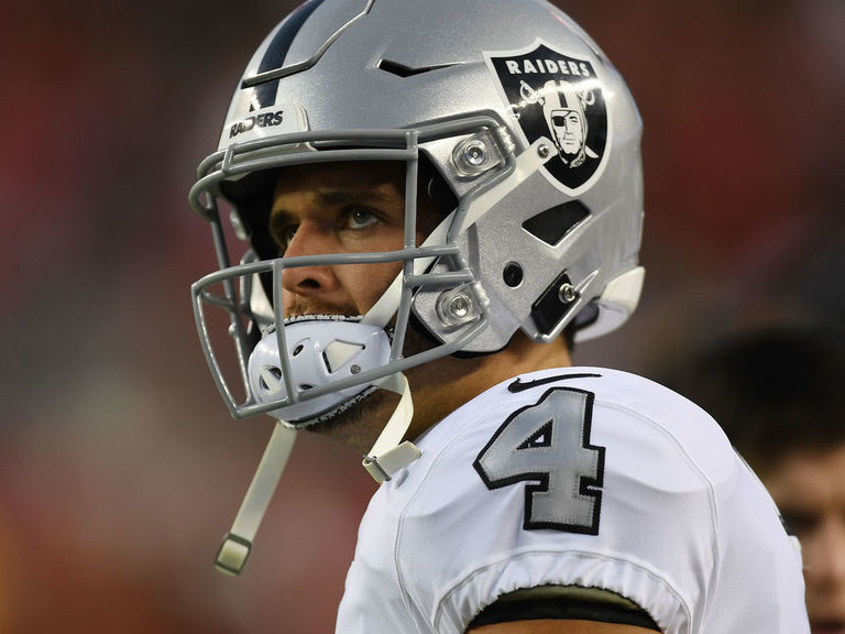 Raiders' Carr after blowout loss to 49ers: 'I'm in for the long haul'