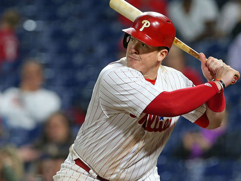 Report: Phillies waive Bour ahead of Rule 5 draft