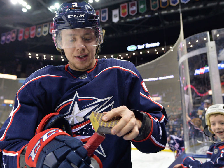 Panarin to discuss business with agent during January break