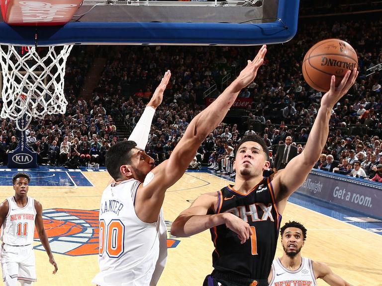 Booker chirps Kanter after Suns run roughshod over Knicks