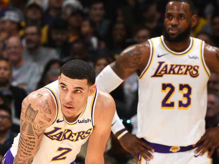 1e9b184aff2 Lonzo at ease playing in LeBron's shadow | theScore.com