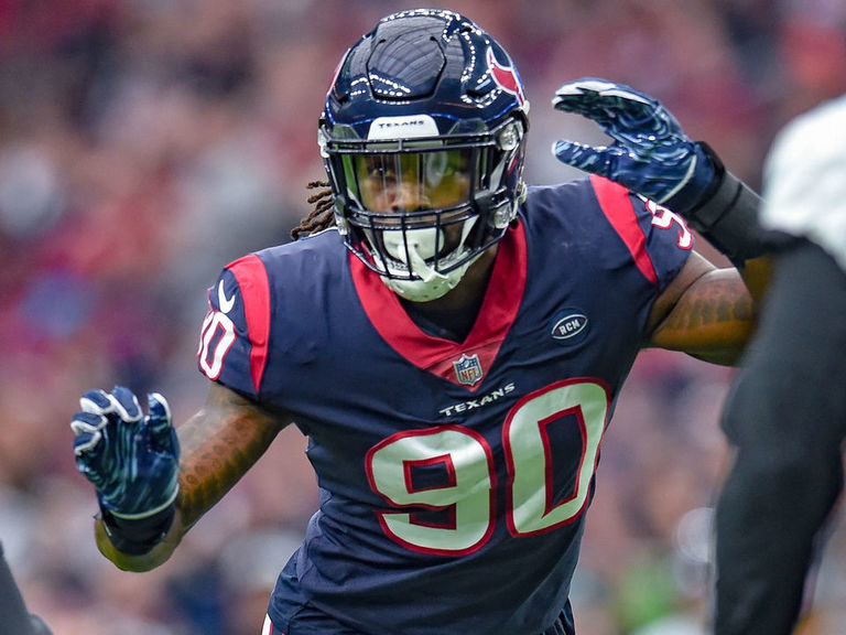 Report: Texans hope to re-sign Clowney, Mathieu