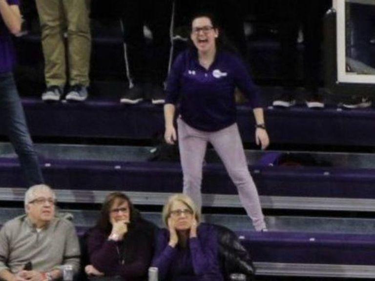 Northwestern asks shrieking fan to quiet down after complaints