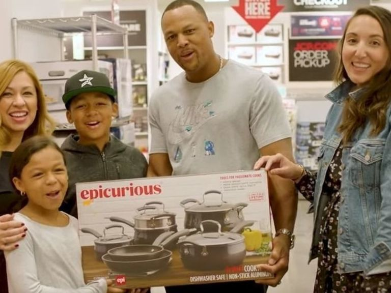 Watch: Adrian Beltre stumbled into a JCPenney holiday commercial
