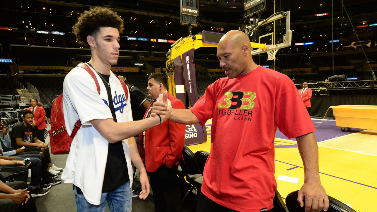 6ce9782578f LaVar says Lakers gave Lonzo  losing attitude