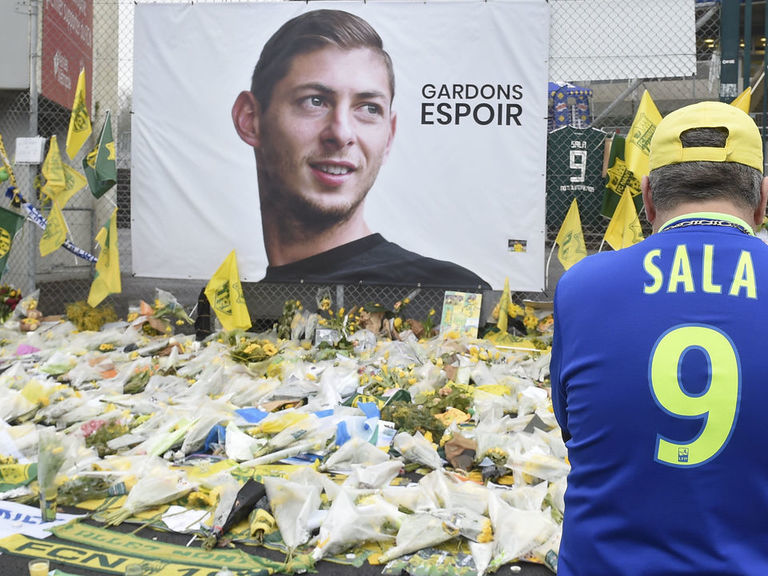 Cardiff 'extremely disappointed' with FIFA's Sala ruling, will appeal