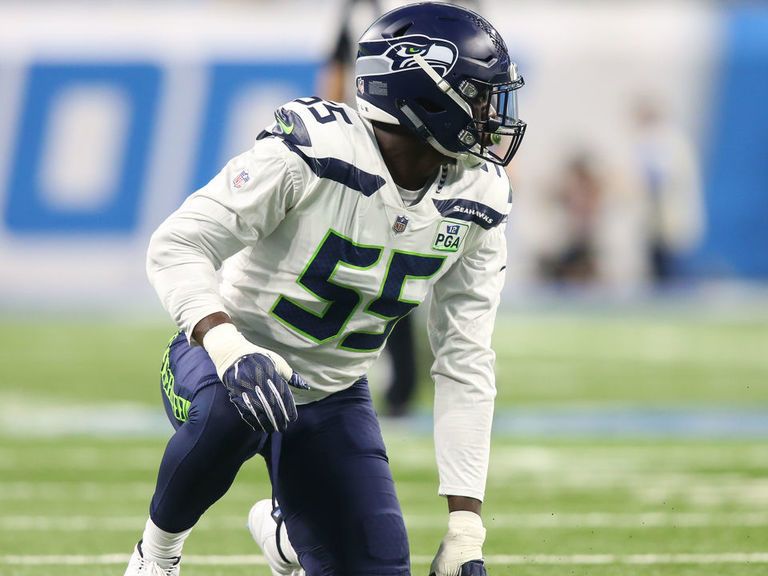 Report: Seahawks considering trading Clark, asking for 1st-round pick