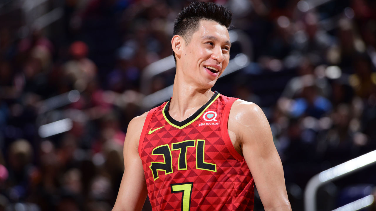 c64788e01 Lin officially signs with Raptors