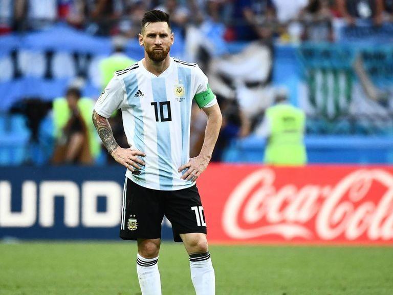 Messi returns to Argentina squad