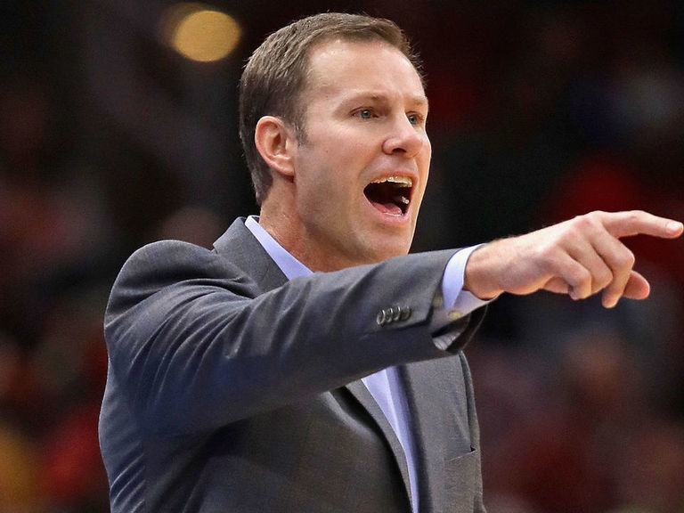 Report: Hoiberg expected to be front-runner for Nebraska HC role