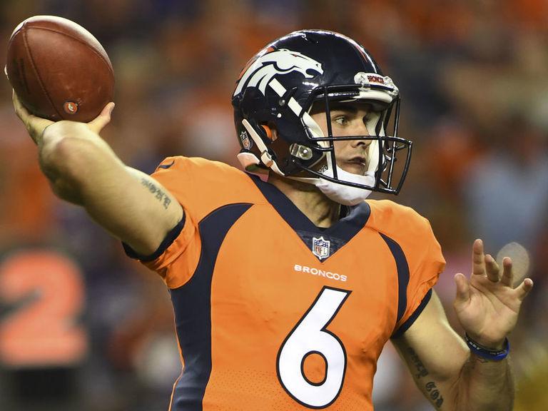 Ex-Broncos QB Kelly pleads guilty to trespassing