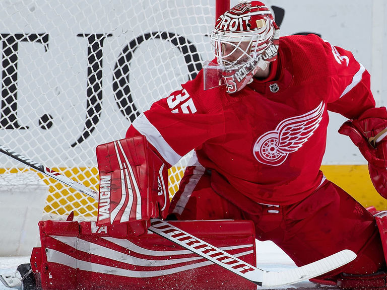 Red Wings keep Howard off free-agent market with 1-year extension