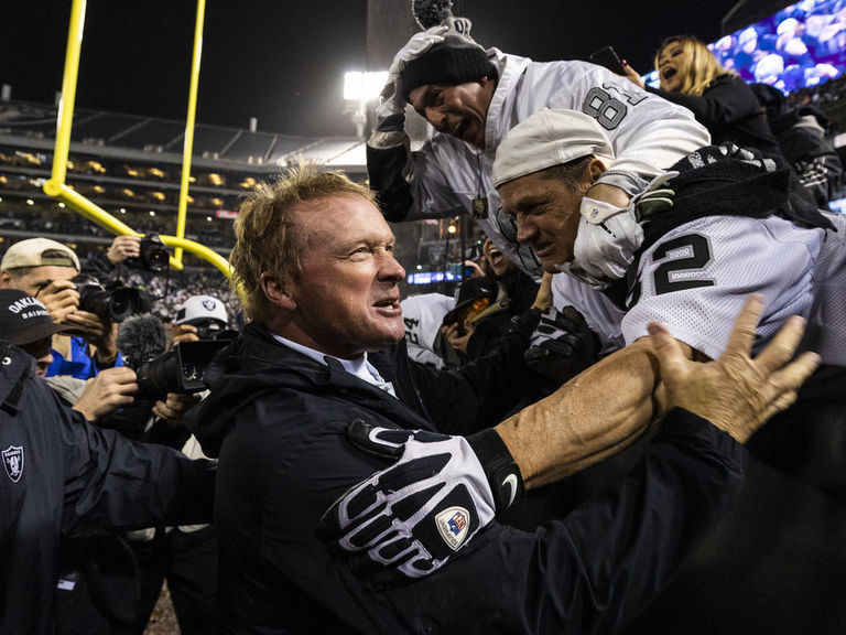 NFL approves deal to keep Raiders in Oakland until move to Las Vegas