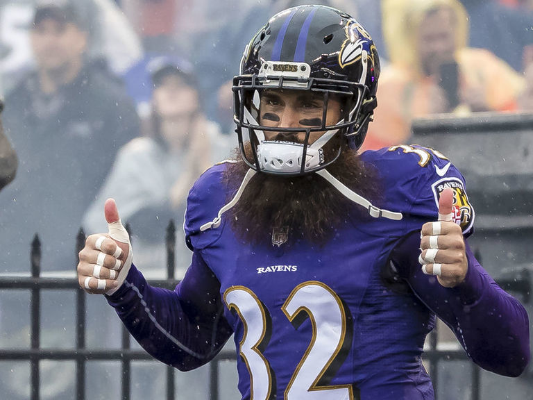 Weddle says he's retiring 'as a Raven'