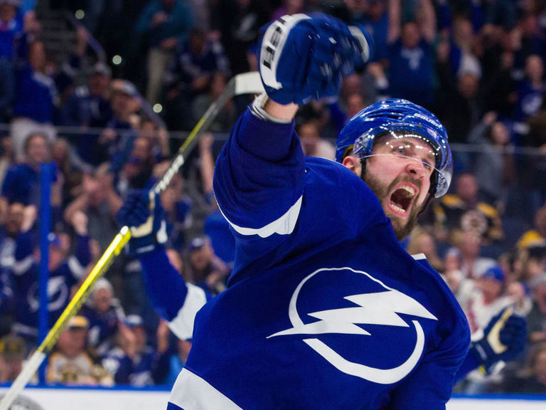 Kucherov wins Hart Trophy as NHL MVP