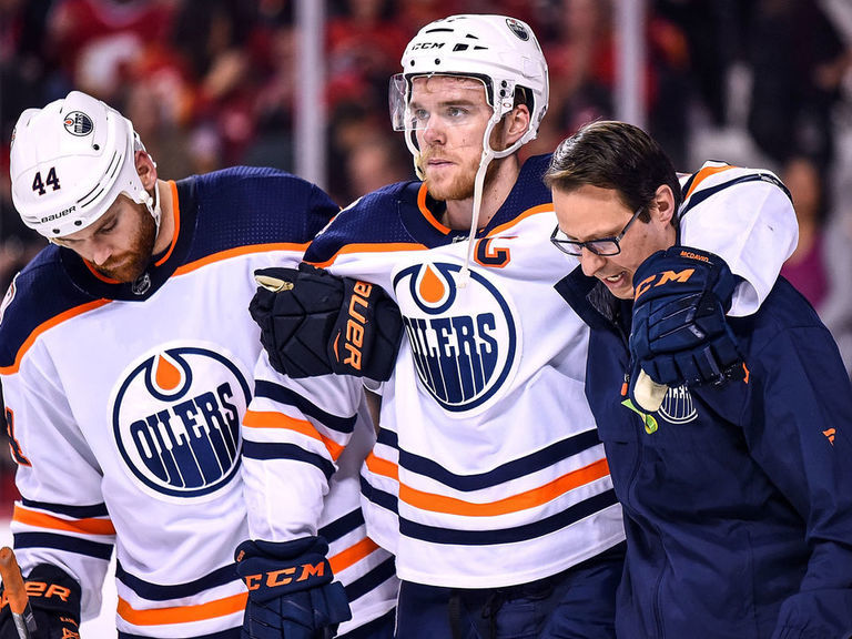 McDavid opted against surgery, 10-month recovery for knee injury