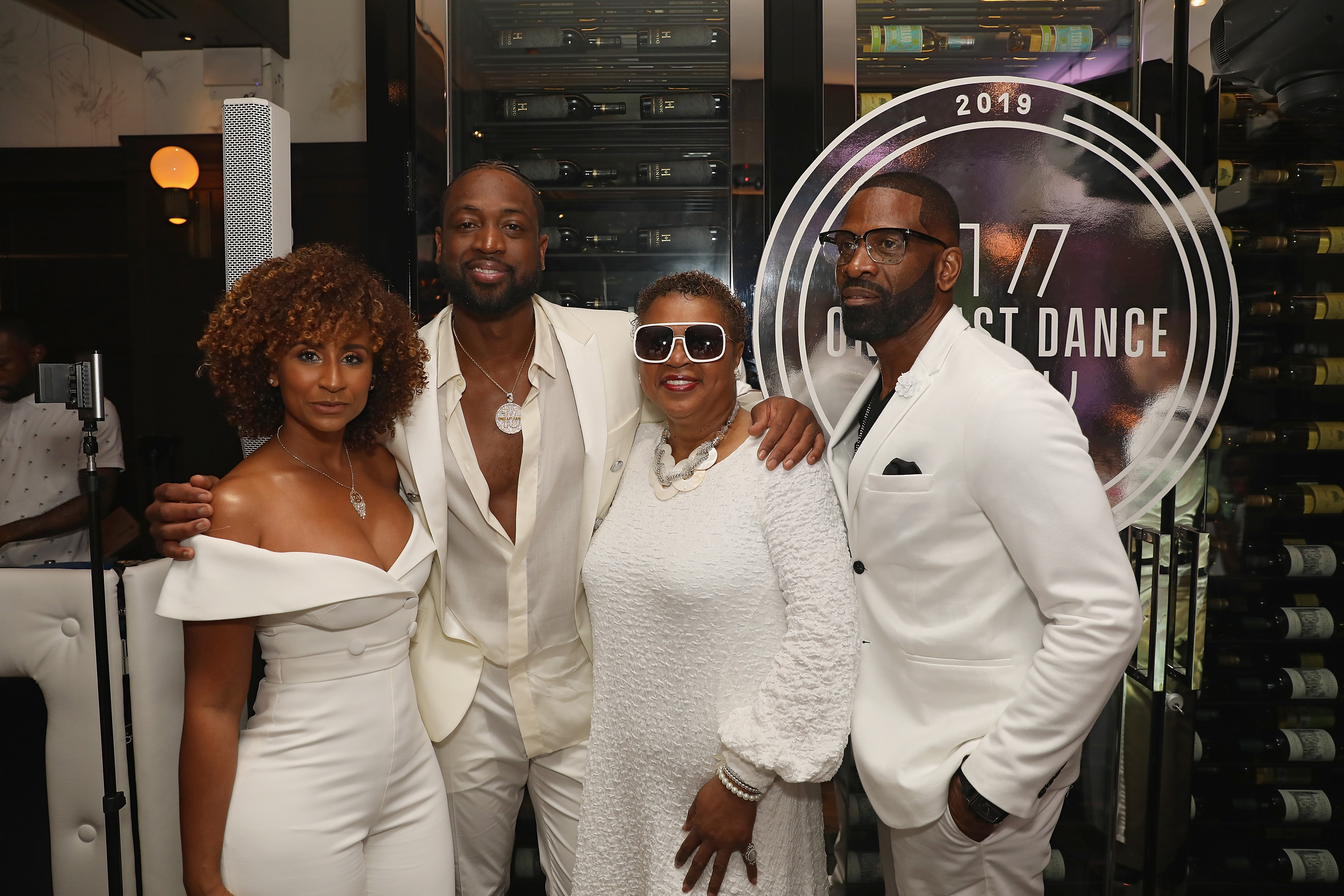 NBA stars, celebrities honor Wade at 'One Last Dance' party in Miami