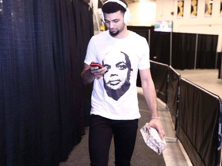 60ddd876 Nuggets' Murray dons Charles Barkley shirt in response to criticism