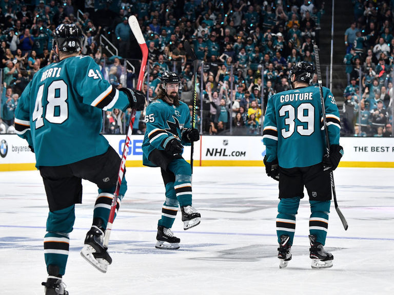 Twitter explodes after epic 3rd period in Sharks-Golden Knights Game 7