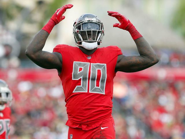 timeless design 7bca7 50adc Report: Bucs' Pierre-Paul cleared to resume rehab activities ...