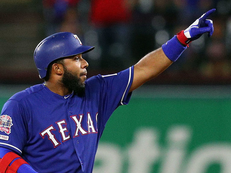 Report: Rangers' Andrus won't opt out of contract