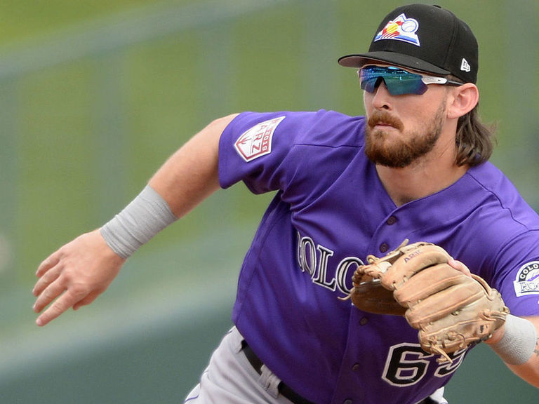 Rockies promote top prospect Rodgers